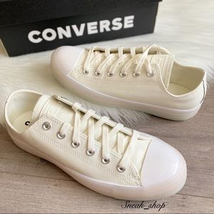 NWT Converse Chuck Taylor All Star Glow Low Top